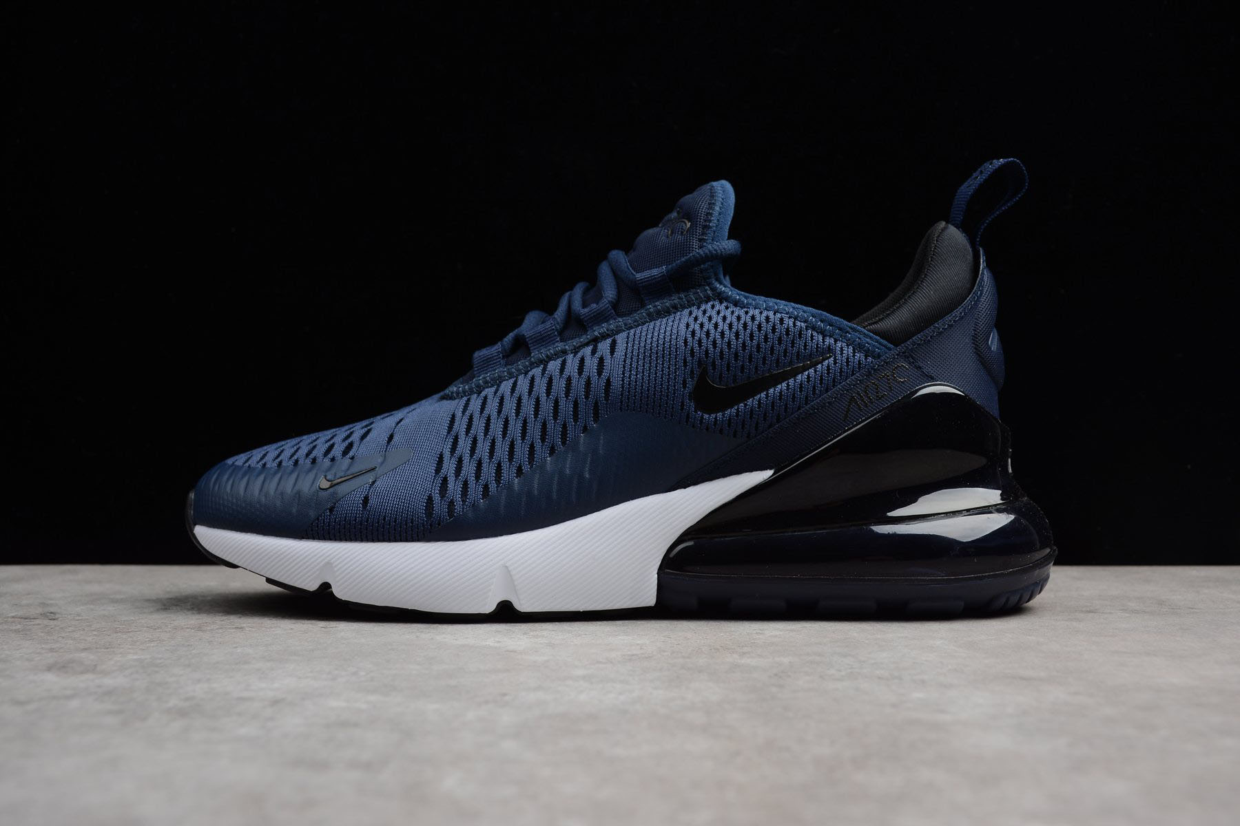 nike air max 270 navy blue and white