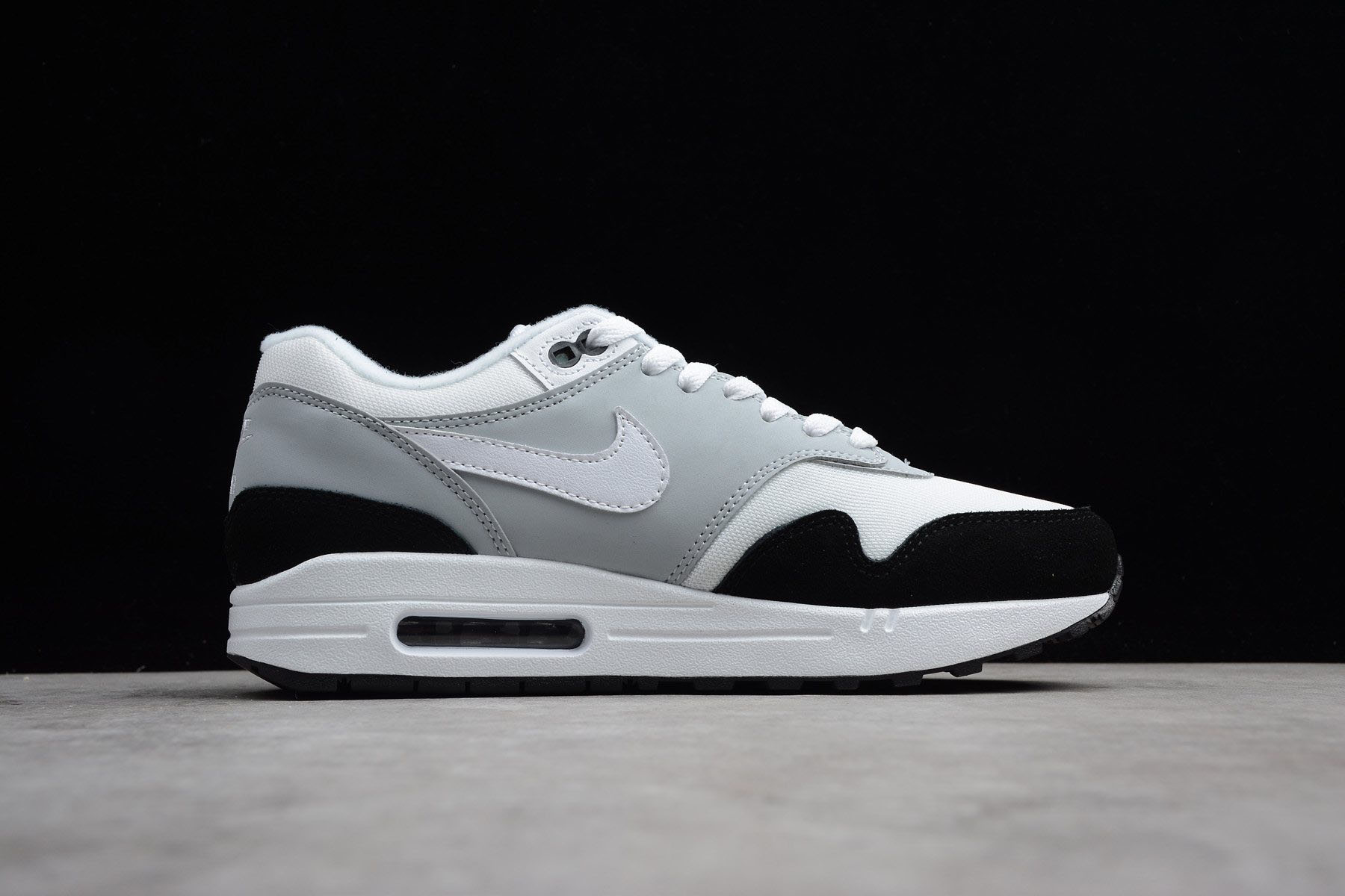 nike air max one wolf grey